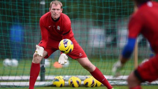 Thủ môn kiêm cầu thủ Kristof Van Hout