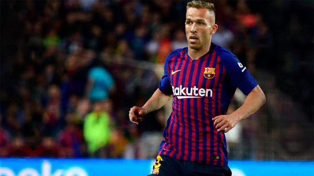 Hình ảnh của Arthur Melo trong màu áo của Barcelona